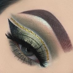 Makeup Geek Eyeshadows in Beaches and Cream, Peach Smoothie, Fuji and Dirty Martini + Makeup Geek Foiled Eyeshadow in Jester. Look by: alyssaxbeauty