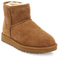 UGG Classic Mini II Boots (455 BRL) ❤ liked on Polyvore featuring shoes, boots, mini shoes, slip on shoes, pull on boots, chestnut boots and fur shoes