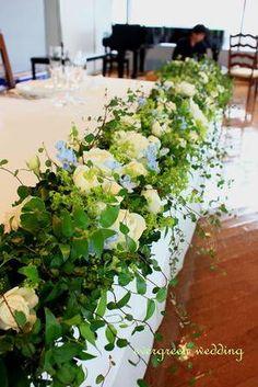 初夏のグリーンウェディング Floral Centerpieces, Table Centerpieces, Wedding Centerpieces, Floral Arrangements, Top Table Flowers, Wedding Table Flowers, Wedding Bouquets, Budget Flowers, Bridal Table