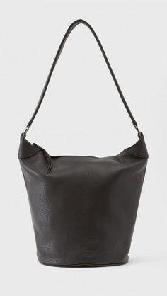 Bucket Bag by NewbarK