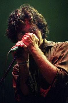 1998 Eddie Vedder of Pearl Jam
