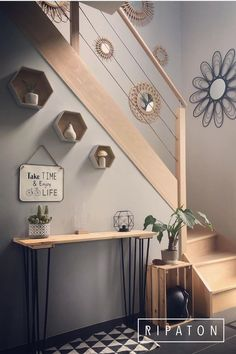 Interior Home Design Trends For 2020 - New ideas Model Home Decorating, Hallway Decorating, Decorating Kitchen, Farmhouse Bedroom Decor, House Stairs, Model Homes, Living Room Decor, Diy Home Decor, Sweet Home