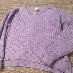Sale❤️LAVENDER SWEATER Lovely lavender sweater with silver thread intertwined. Great condition and super cozy! SMOKE FREE HOME. FAST SHIPPING No Boundaries Sweaters