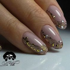 You don't need to choose the same nail art patterns over and over again. Glam Nails, Nude Nails, Nail Manicure, Diy Nails, Beauty Nails, Acrylic Nails, Fabulous Nails, Gorgeous Nails, Pretty Nails