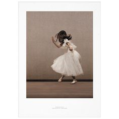 Essence of Ballet 02 juliste      Valmistaja: Paper Collective     Design: Ingrid Bugge