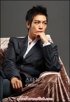 | 최승현 / Choi Seung Hyun ( Vick )