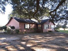 Up-to-date photos, maps, schools, neighborhood info. & details for 15405 Mannich Lane, Foley, AL direct from Renae Stringer