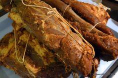 Mezeluri de casa, carnati, ceafa, cotlet, pastrama, toba, caltabosi, lebar - retete pas cu pas   Savori Urbane Sausage, Ale, Pork, Turkey, Food And Drink, Meat, Recipes, Ham, Kale Stir Fry