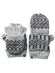 Plush Fleece-Lined Scandinavian Print Texting Mitten | Piperlime
