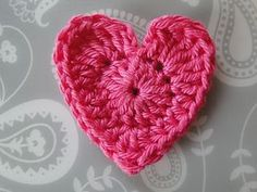 Basic Crochet Heart ~ free pattern