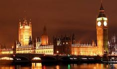 A night time shot of big ben and the houses of parliament, it was a 30 second exposure resting the camera on a wall Europe On A Budget, Living In Europe, Beautiful London, Most Beautiful Cities, Beautiful People, London Night, London City, Big Ben London, World Travel Guide