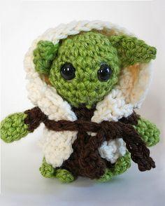 Download Yoda amigurumi pattern - AmigurumiPatterns.net