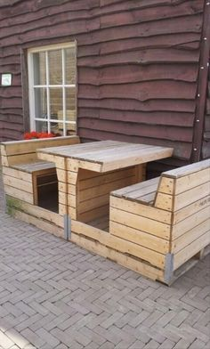 Wooden Pallet Furniture Amazing Uses For Old Pallets 35 Pics - Sources 1001 Pa. Wooden Pallet Furniture Amazing Uses For Old Pallets 35 Pics – Sources 1001 Pallets DIY Pallet Diy Pallet Furniture, Diy Pallet Projects, Outdoor Projects, Home Projects, Furniture Plans, Furniture Nyc, Wooden Furniture, Pallet Crates, Old Pallets