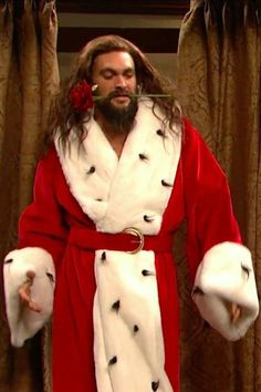 Jason momoa 768286017664912994 - Jason Momoa Is a Stripping Christmas Ghost in This SNL Skit, and I've Lost My Ability to Speak Source by Jason Momoa, Christmas Ghost, Xmas, Christmas Carol, Christmas Humor, Snl Skits, Stud Muffin, Ryan Guzman, Joe Manganiello