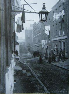 Chancery Lane in Dublin, Ireland. Ireland Pictures, Old Pictures, Old Photos, Dublin Street, Dublin City, Old Irish, Irish People, Ireland Homes, York Street