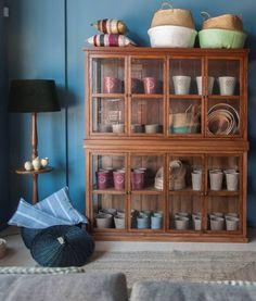#mercadoloftstore #mls #umseisum #lojadedecoração #interior #interiordesign #decor #decoração #louceiro #woodenfurnirture #mobiliário #peçadedecoração #decorpieces #almofadas #pillows #basket #velvet #pattern #ceramic #vidrado