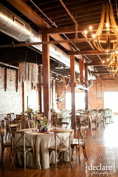 Nashville Wedding Reception Venues Fake Bridal Show Fl Table Design Rustic Style The Not