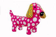 para los que le gustan los perros salchichas aca va uno en rosa con lunares en papel mache