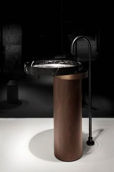 The interior architect Victor Vasilev designed a new bath fixture inspired by his architectural design roots! This unique bathroom design will look perfect in a Bathroom Toilets, Bathroom Faucets, Washroom, Marble Bathrooms, Sinks, Minimalist Home Decor, Modern Minimalist, Contemporary Bathrooms, Modern Bathroom