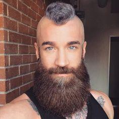 Short Mohawk with Full Beard Beard Styles For Men, Hair And Beard Styles, Short Hair Styles, Mens Hairstyles With Beard, Haircuts For Men, Viking Hairstyles, Hairstyles 2018, Epic Beard, Full Beard