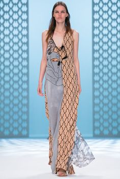 A look from the Chalayan Spring 2015 RTW collection.