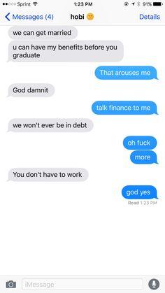 Texting Hobi