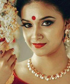Beautiful Bollywood Actress, Most Beautiful Indian Actress, Beautiful Actresses, Beautiful Girl Photo, Beautiful Lips, Wonderful Picture, South Actress, South Indian Actress, Beauty Full Girl