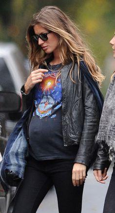 Pregnant-Gisele-Bundchen