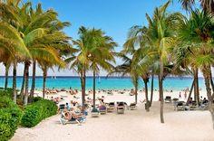 Beach area at Riu Yucatan
