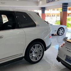 Luxury Hybrid Cars, Luxury Cars For Sale, Top Luxury Cars, Lexus Suv, Lexus Cars, Suv Cars, Mercedes Benz For Sale, Mercedes Benz Cars, Gwagon Mercedes