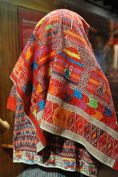 Palin Guatemala Weaving    This photo shows the woven headcloth from Palin, Guatemala that is worn by the mannequin in the previous posting. Centro de Textiles del Mundo Maya, San Cristobal de las Casas, Chiapas, Mexico