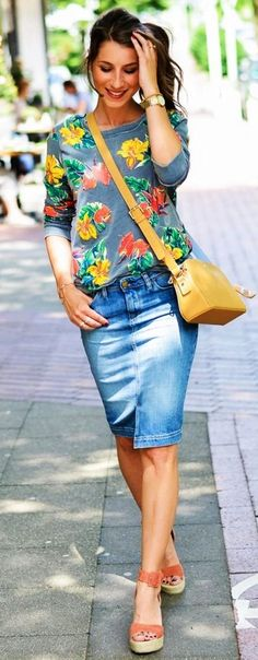 <3 Summer means Colorful, so this one is prefect <3 !! 45 Never-Boring Casual Summer Outfits For Work
