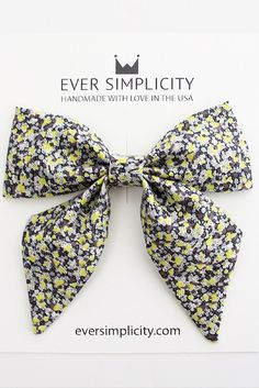 Beautiful Sailor Bow for the little ladies. Handmade with love and care in sunny California for kids. See more styles [eversimplicity.com/collections/hair]