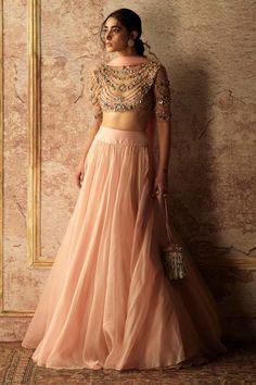 Designer Wear, Designer Dresses, Lehenga Dupatta, Indian Couture, Indian Wear, Indian Style, Indian Attire, Bridal Lehenga, Indian Outfits