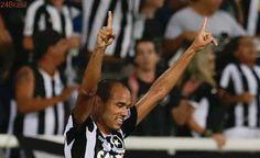 Festa alvinegra na Libertadores: Botafogo estreia na fase de grupos com vitória contra Estudiantes