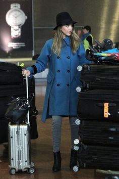 Pin for Later: 38 Times Jessica Alba's Outfit Was No Match For a Long Plane Ride