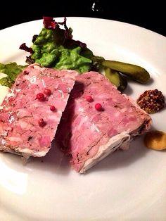 Bistro cosicosi❤︎ ⋈豚肉と鷄レバーのテリーヌ  #ビストロコジコジ