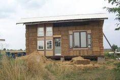 Dancing Rabbit Eco Village - Straw Bale House Building