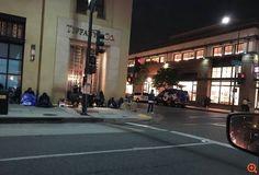 Φρενίτιδα για το iPhone X - τεράστιες ουρές έξω από τα καταστήματα