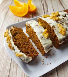 La mejor receta del budín de naranja, delicioso postre para compartir. Budín de naranja en licuadora, humedo, chocolate, el de Cocineros Argentinos y más. Cupcakes, Macarons, Bakery, Banana, Pista, Desserts, Instagram, Cooking, Cake