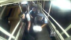 Polisi Chicago Telanjangi Perempuan Muslim yang Sedang Berpuasa untuk Menggeledahnya  [portalpiyungan.com] CHICAGO - Seorang perempuan muslim (muslimah) sedang berlari untuk mengejar kereta (yang dijadwalkan akan berangkat) saat 5 polisi melumpuhkannya melepas jilbabnya dan menggeledahnya dengan cara menelanjangi. Itemad Angel Almatar (muslimah tersebut) menyebut ia dipermalukan ditangan para polisi itu sebelum ditahan tanpa alasan. Dia membawa sebuah tas punggung berisi makanan untuk…