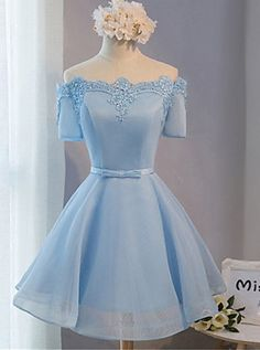 Elegant A-line Off-the-shoulder Above-knee Blue Tulle Homecoming Dress with Appliques
