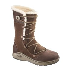 """Fight off the chills with the plush warmth of the Chaco?« Berlyn Baa Nurl boot. Leather and suede upper Approx. 9"""" shaft Full shearling lining Pigskin sock line"""
