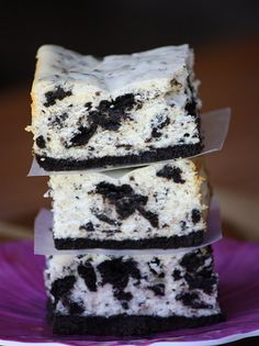 Cookies and Cream Cheesecake bars, look delish!
