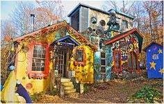 Luna Parc, NJ. - Born into an artistic family dating back to the time of the Medici, Ricky Boscarino, aka: Ricky of Luna Parc, has continued the lineage of artistry & craftsmanship. His Largest work in progress is his home & atelier Luna Parc, begun in 1989.  A graduate of the Rhode Island School of Design in 1982, Ricky continues to create whimsical, sophisticated  work in a variety of media including metal, clay, glass , wood & cement.