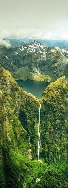 Sutherland Falls and Lake Quill, New Zealand #LandscapeNature