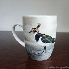 Ręcznie malowany kubek z czajką / Hand painted mug with lapwing