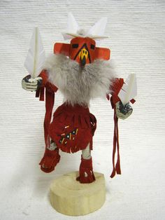 Native American Navajo Made Red Tail Hawk Kachina Doll Native American Decor, Native American Patterns, Native American Dolls, American Indians, Red Tailed Hawk, Native Art, Navajo, Nativity, Hand Painted
