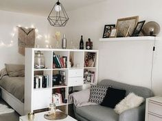 49 Incredible Apartment Decor Ideas For Amazing Apartment Room Ho. - 49 Incredible Apartment Decor Ideas For Amazing Apartment Room Home is where the hea - Deco Studio, Studio Apt, Studio Apartment Decorating, Apartment Ideas, Studio Apartment Divider, Apartments Decorating, Decorating Small Bedrooms, Studio Apartment Living, Small Apartment Bedrooms