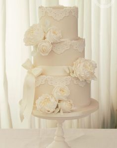 Featured Wedding Cake:Cotton and Crumbs;www.cottonandcrumbs.co.uk; Wedding cake idea.